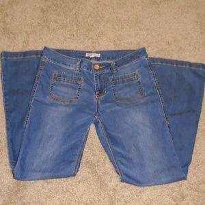 CAbi Jeans Medium Wash Bootcut Mid-Rise 726R SZ 8